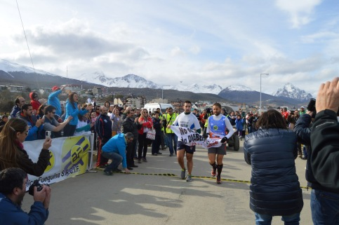 Ultramaratón solidaria 2014 - 07 llegada (2)