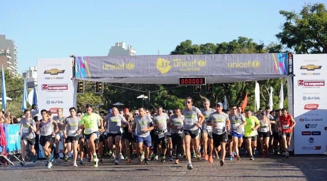 Carrera UNICEF por la Educación en Rosario: 4.500 personas corrieron por los chicos 29-marzo 2015.
