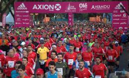 Lo que no te contaron de la media maratón de Buenos Aires: mentiras, negocio, premios y algo más detrás de 20.000corredores